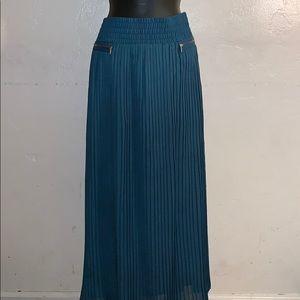 Adorable Pleated Maxi Skirt